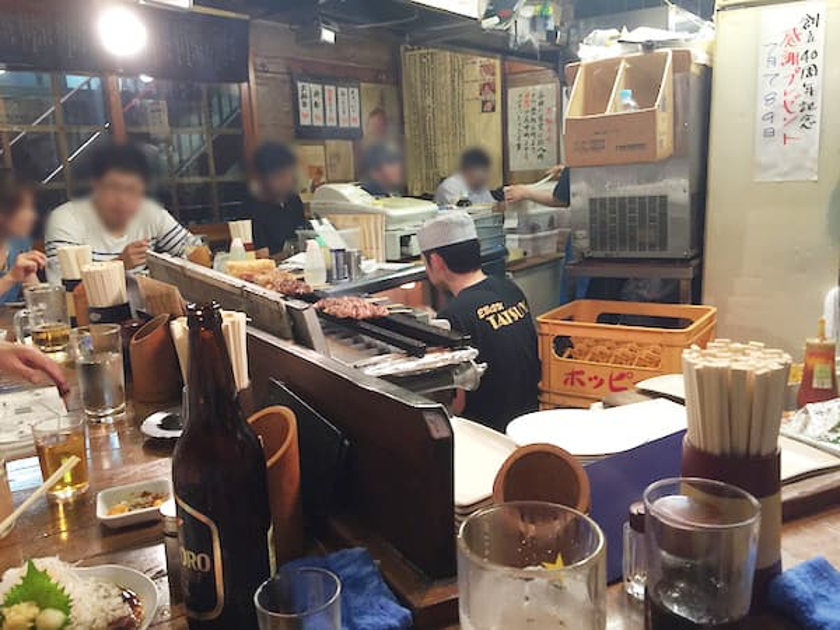 東京 恵比寿 たつや 駅前店 店内