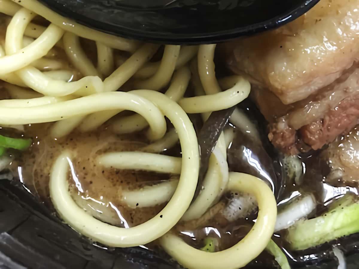 埼玉県 鶴ヶ島 麺王 ストレート太麺