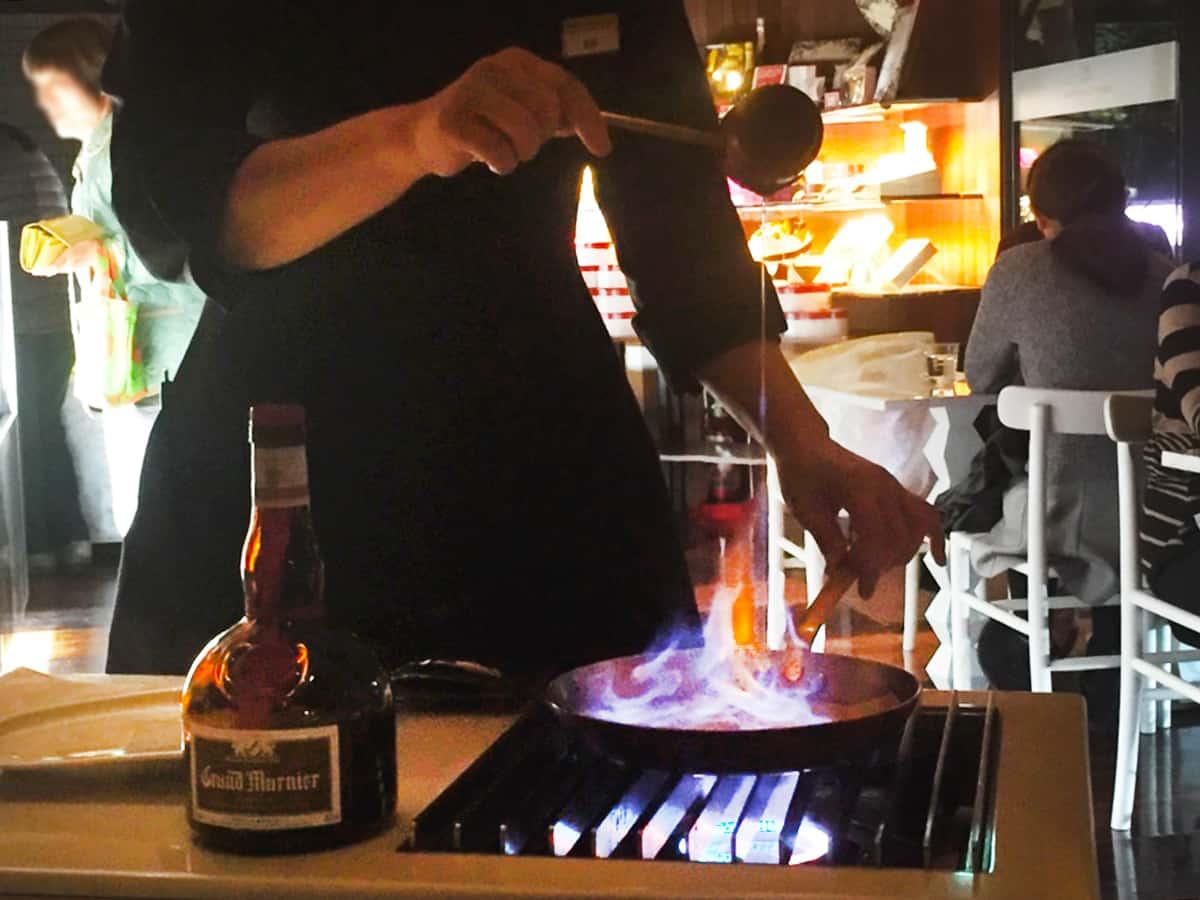 兵庫 芦屋駅 アンリ・シャルパンティエ 芦屋本店(HENRI CHARPENTIER)外観