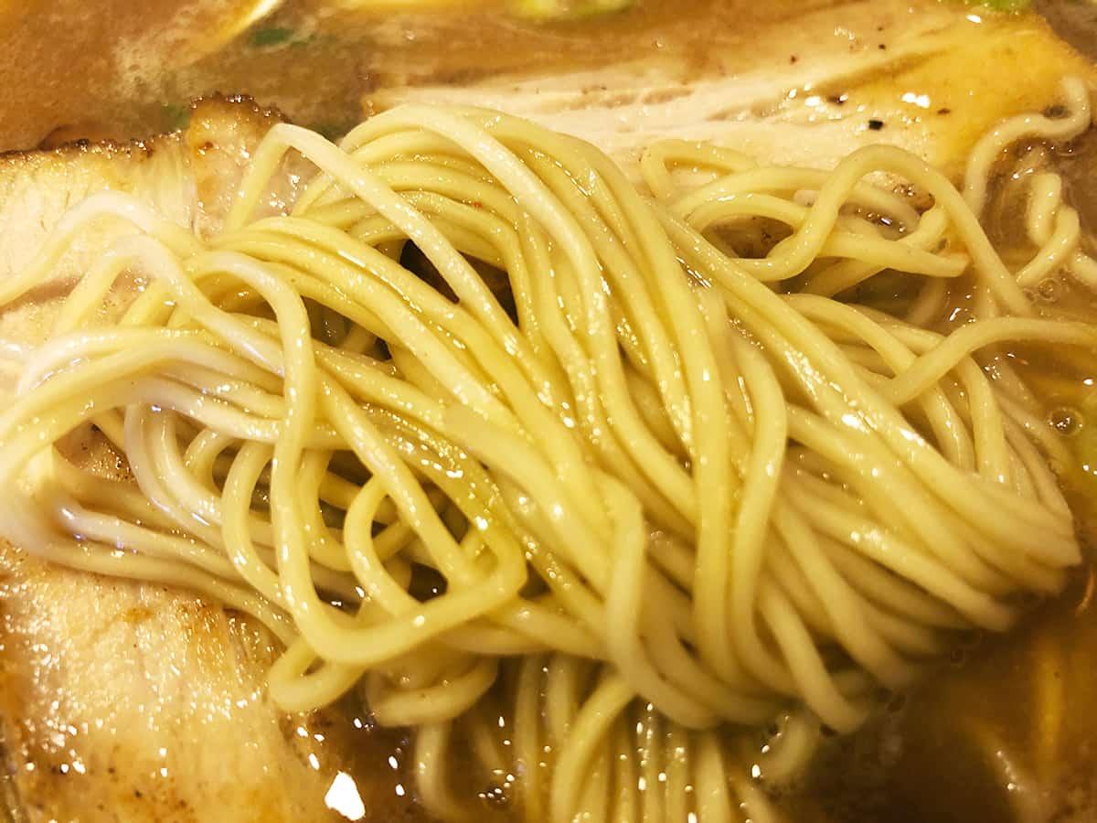 埼玉 所沢市 新・和歌山らーめん ばり馬 狭山ヶ丘店 |麺