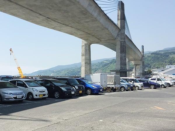 神奈川 小田原 魚市場食堂|駐車場