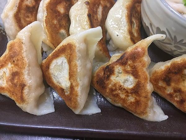 東京 三鷹 ぶぅたん|燻製海鮮餃子