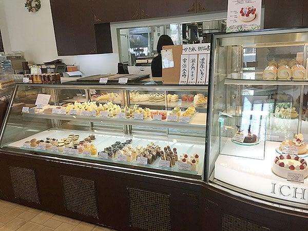 東京 国立 パティスリー・イチリン 国立店 店内2