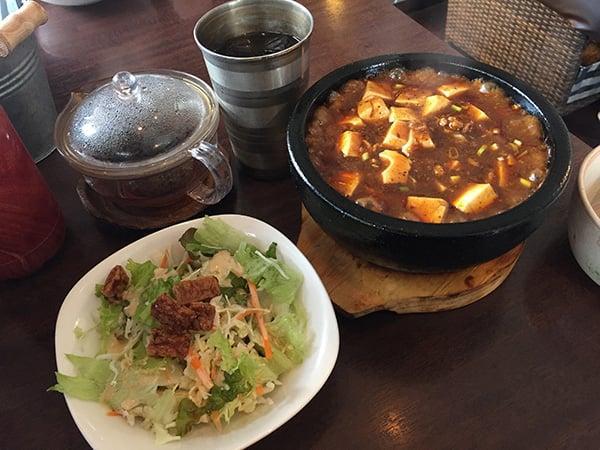東京 花小金井 杏's cafe 石焼き麻婆豆腐ご飯