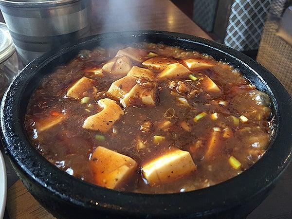 東京 花小金井 杏's cafe|石焼き麻婆豆腐ご飯