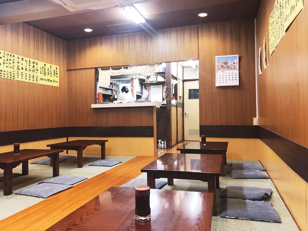 東京 大井町 丸八とんかつ 本店|店内