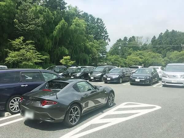 静岡県 御殿場 とらや工房|駐車場