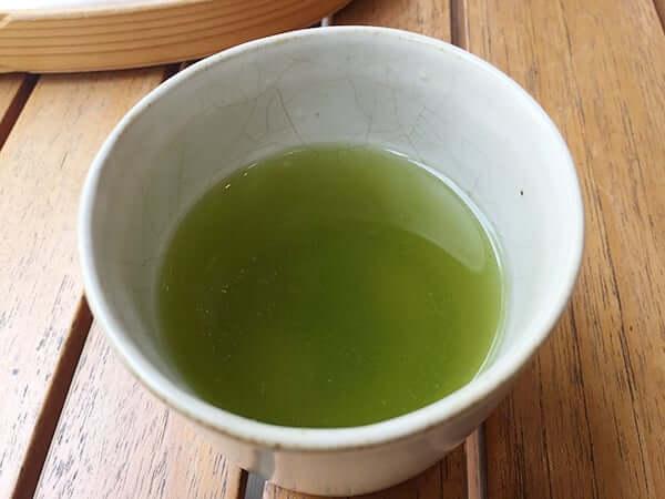 静岡県 御殿場 とらや工房|温かいお茶