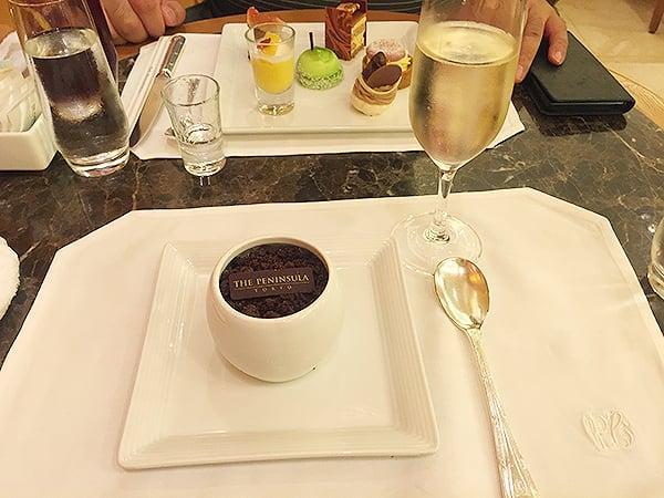 東京 有楽町 ザ・ペニンシュラ東京 BOUTIQUE & CAFE|本日のケーキセット