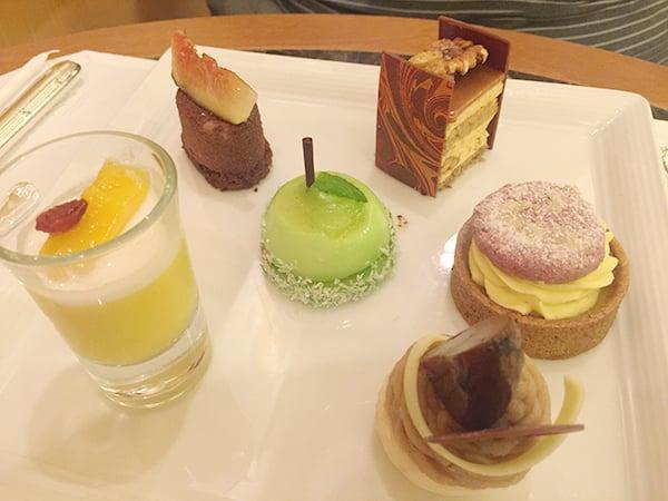 東京 有楽町 ザ・ペニンシュラ東京 BOUTIQUE & CAFE|秋のデザートプレート