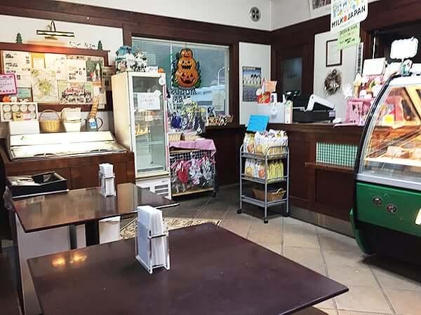 東京 日野 アルティジャーノ・ジェラテリア|店内