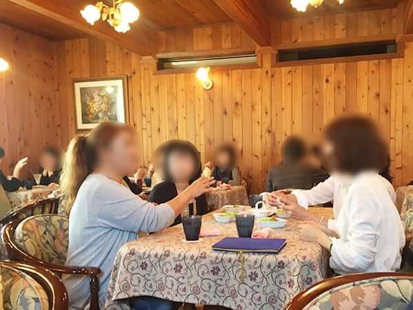 愛知 半田 シャンドール 店内