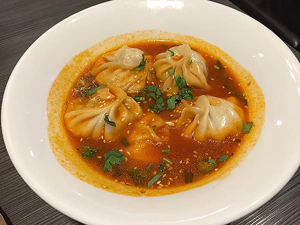東京 新大久保 格料理店 ネパール民族料理 アーガン スープモモ