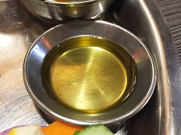 東京 新大久保 格料理店 ネパール民族料理 アーガン ギーオイル