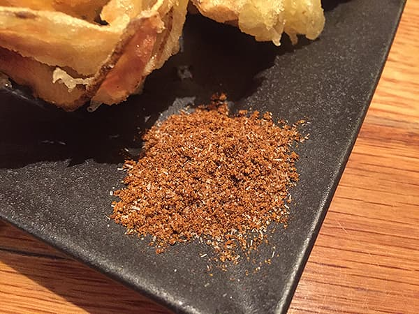 東京 恵比寿 博多うどん酒場イチカバチカ 恵比寿店|カレー塩