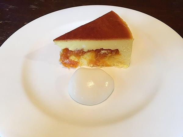 静岡 伊豆仁田 irodori(イロドリ)|アプリコットチーズケーキ