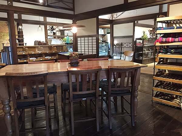 静岡 伊豆仁田 irodori(イロドリ) 店内
