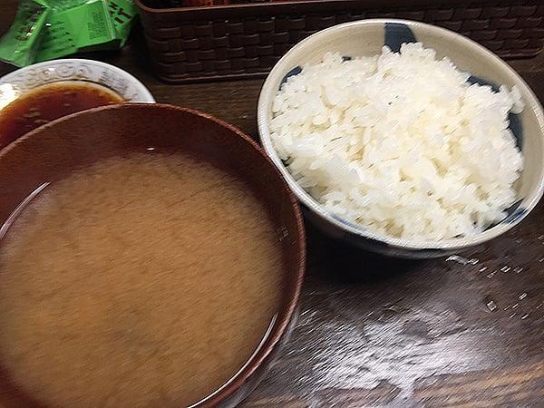 静岡 沼津 豊亭|御飯味噌汁付き