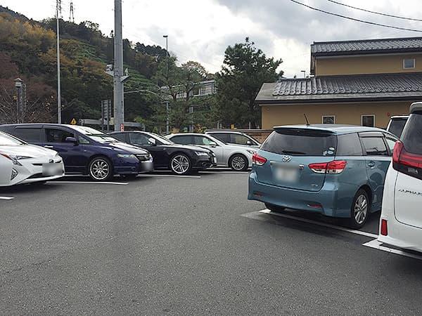 神奈川 小田原 うなぎ亭 友栄|駐車場