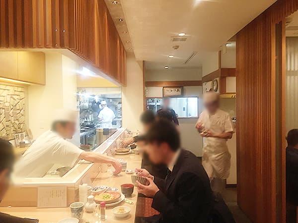 東京 新宿 新宿割烹 中嶋 店内