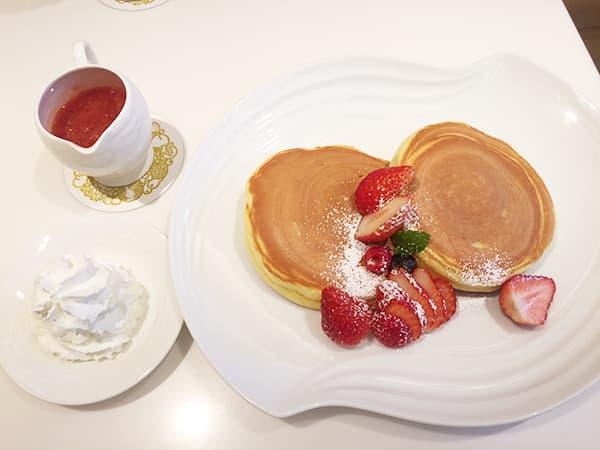 東京 渋谷 渋谷西村 フルーツパーラー ストロベリーホットケーキ