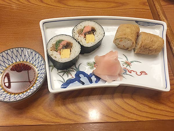 東京 麻布十番 総本家更科堀井 本店 そば寿司