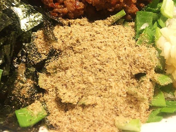 東京 練馬 麺 酒 やまの 魚粉