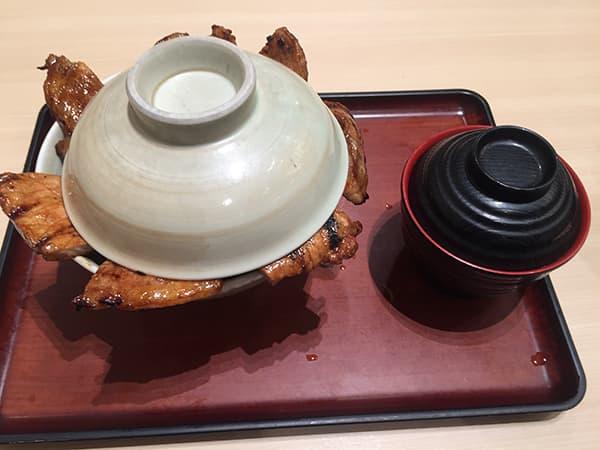 埼玉 羽生 㐂久好 イオンモール羽生店|十勝豚丼肉重ね盛り