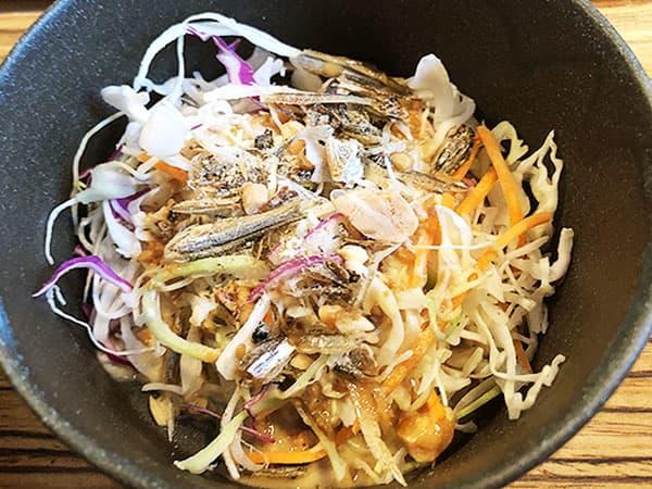 京都 右京区 佰食屋 サラダ
