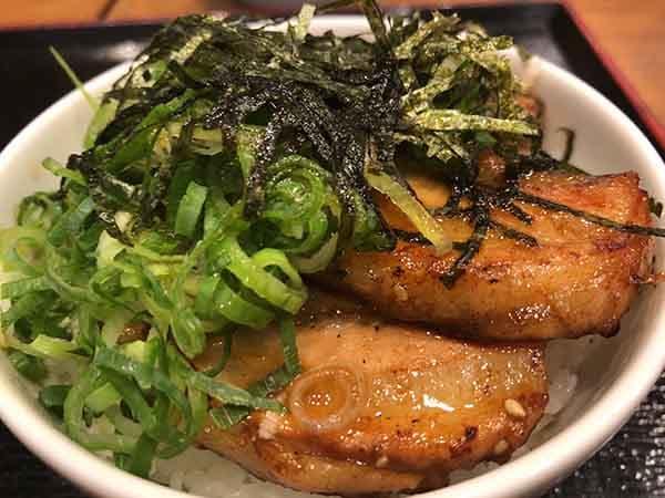 埼玉 入間 頑者 illmatic(イルマティック) 炙りチャーシュー丼
