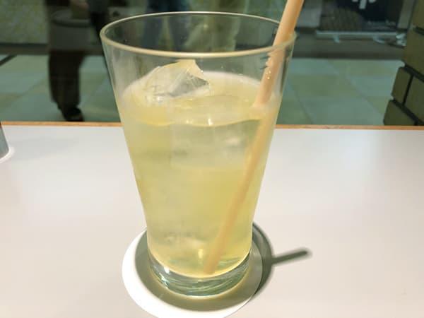 東京 青山 トラヤカフェ 青山店|緑茶