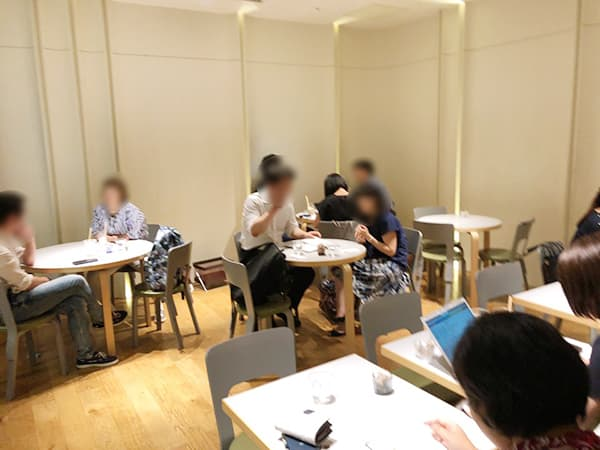 東京 青山 トラヤカフェ 青山店|店内