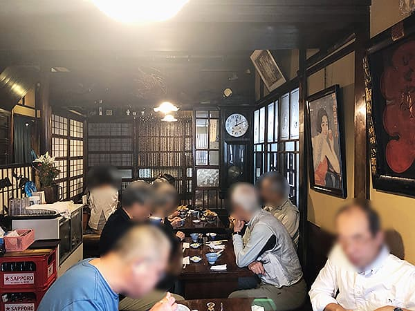 東京 台東 土手の伊勢屋|店内