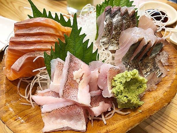 東京 新宿 タカマル鮮魚店 4号館 刺身盛り合わせ