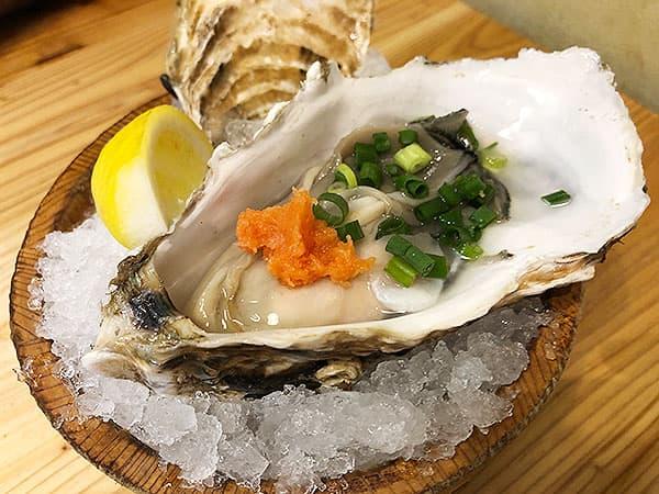 東京 新宿 タカマル鮮魚店 4号館 真カキ(大)
