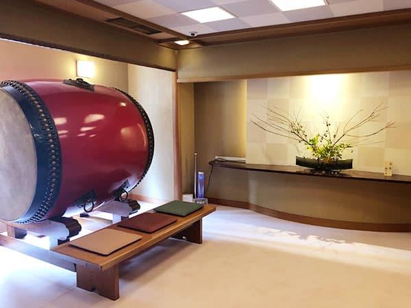 東京 新宿 げんかい食堂 玄関