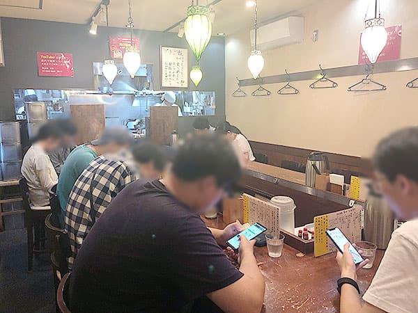 東京 高田馬場 鶏白湯 蔭山 高田馬場店 店内