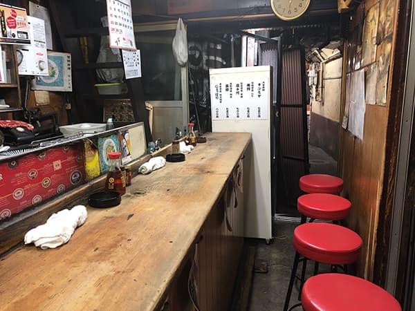 東京 新宿 カブト|店内
