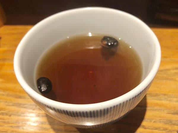 東京 日本橋 天丼 金子半之助 本店 黒豆茶