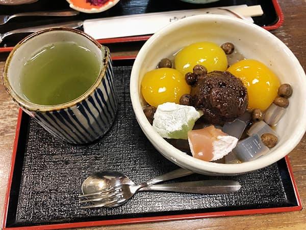 東京 新宿 時屋 新宿小田急ハルク店|あんずあんみつ