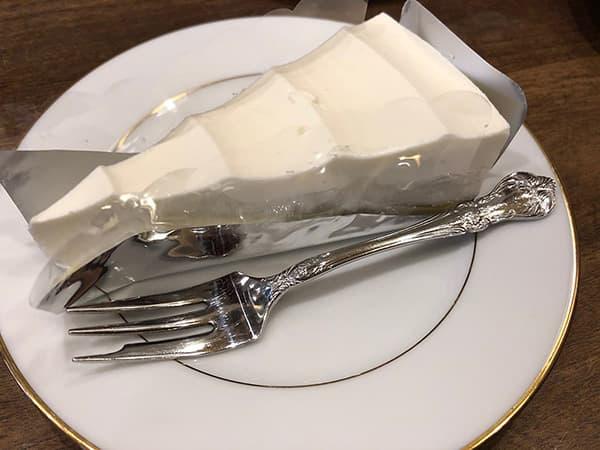 東京 人形町 喫茶去 快生軒|レアチーズケーキ