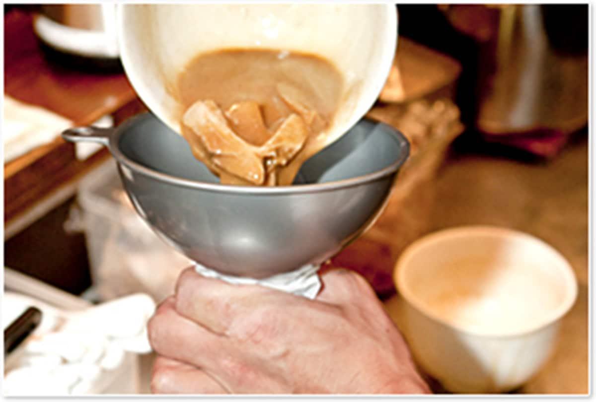 「ストレートスープ」でお届けします|宅麺.com