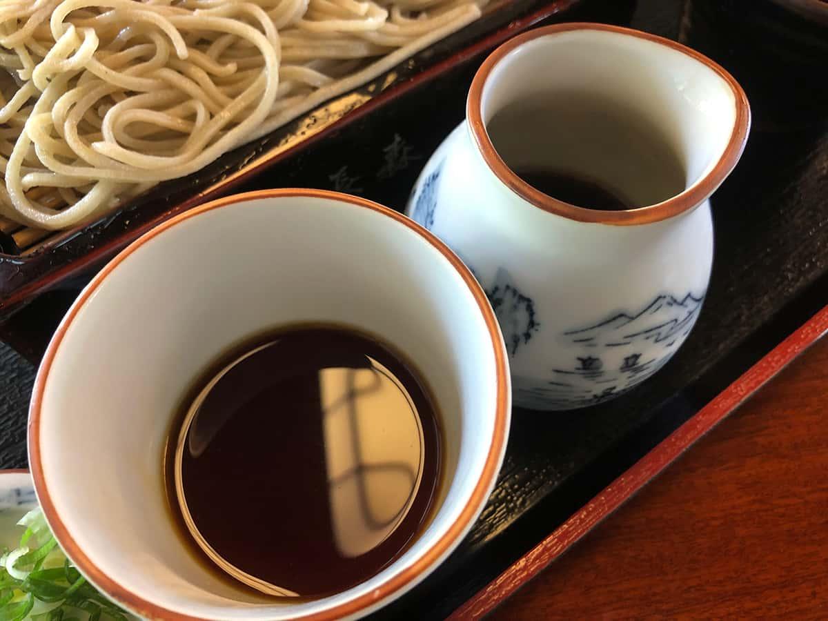 新潟 魚沼 そば屋 長森|そばつゆ(濃いめ)