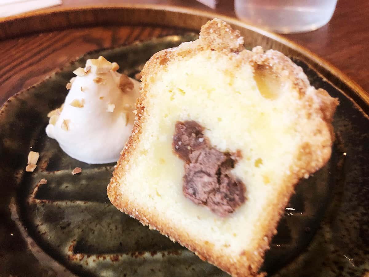 東京 国分寺 胡桃堂喫茶店|胡桃と自家製あんこのケーキ