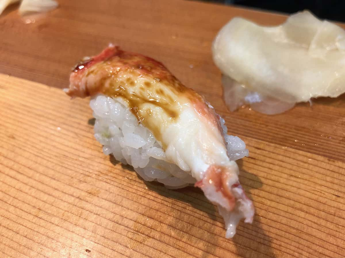 北海道 さっぽろ朝市 鮨の魚政|タラバガニ