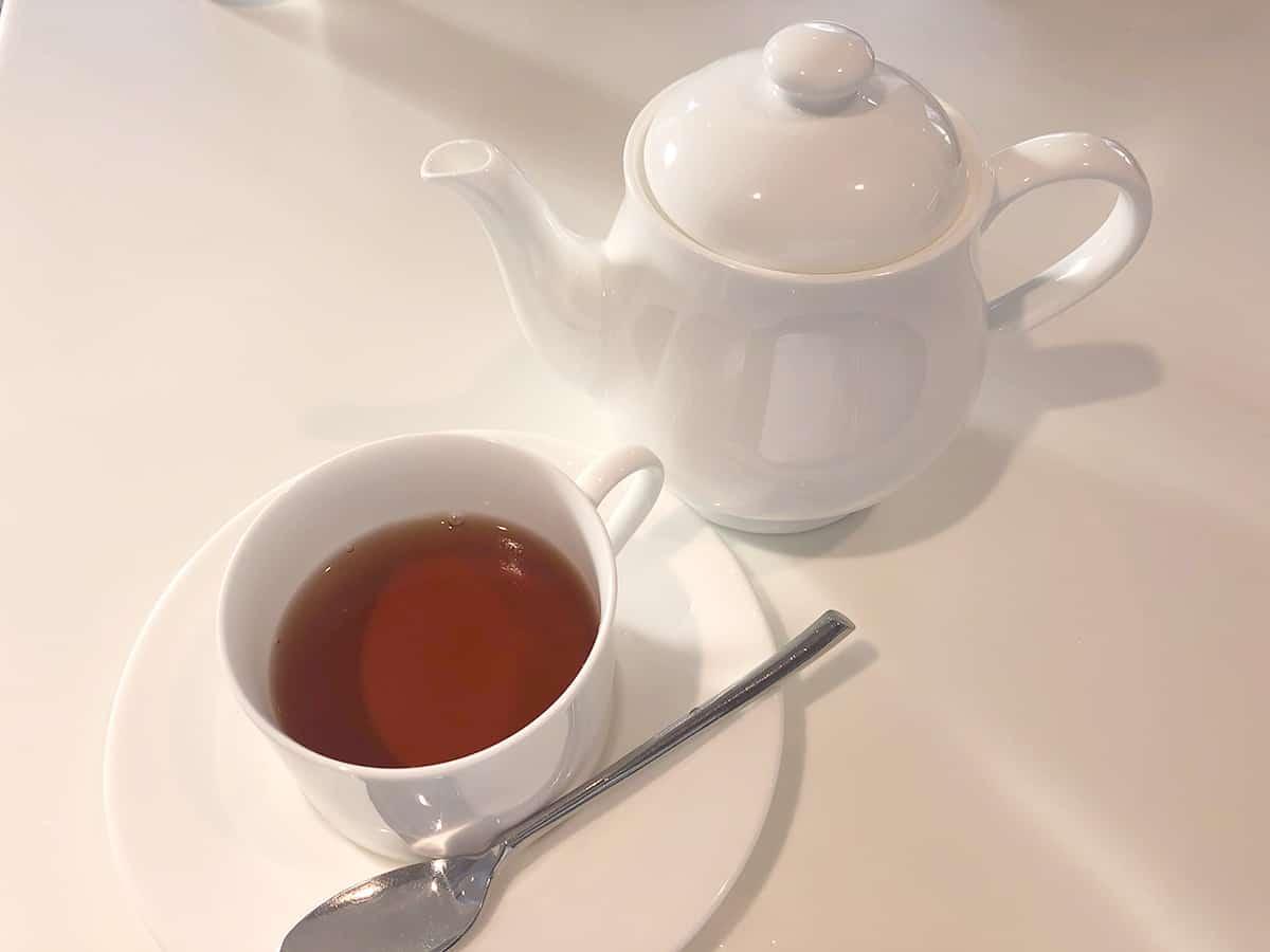 東京 新宿 タカノフルーツパーラー 新宿高野本店 紅茶