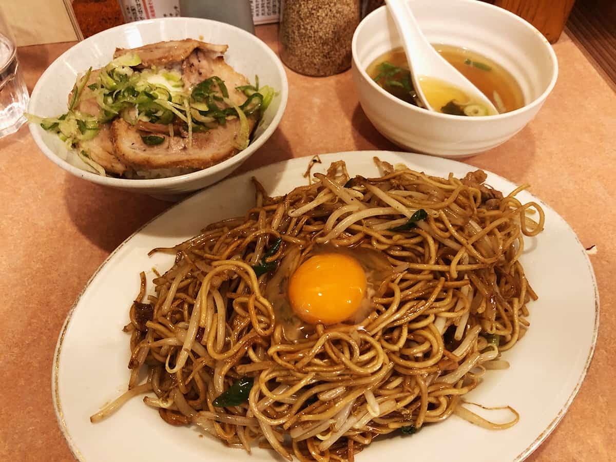東京 高島平 あぺたいと 本店高島平店 炙りチャーシュー丼セット