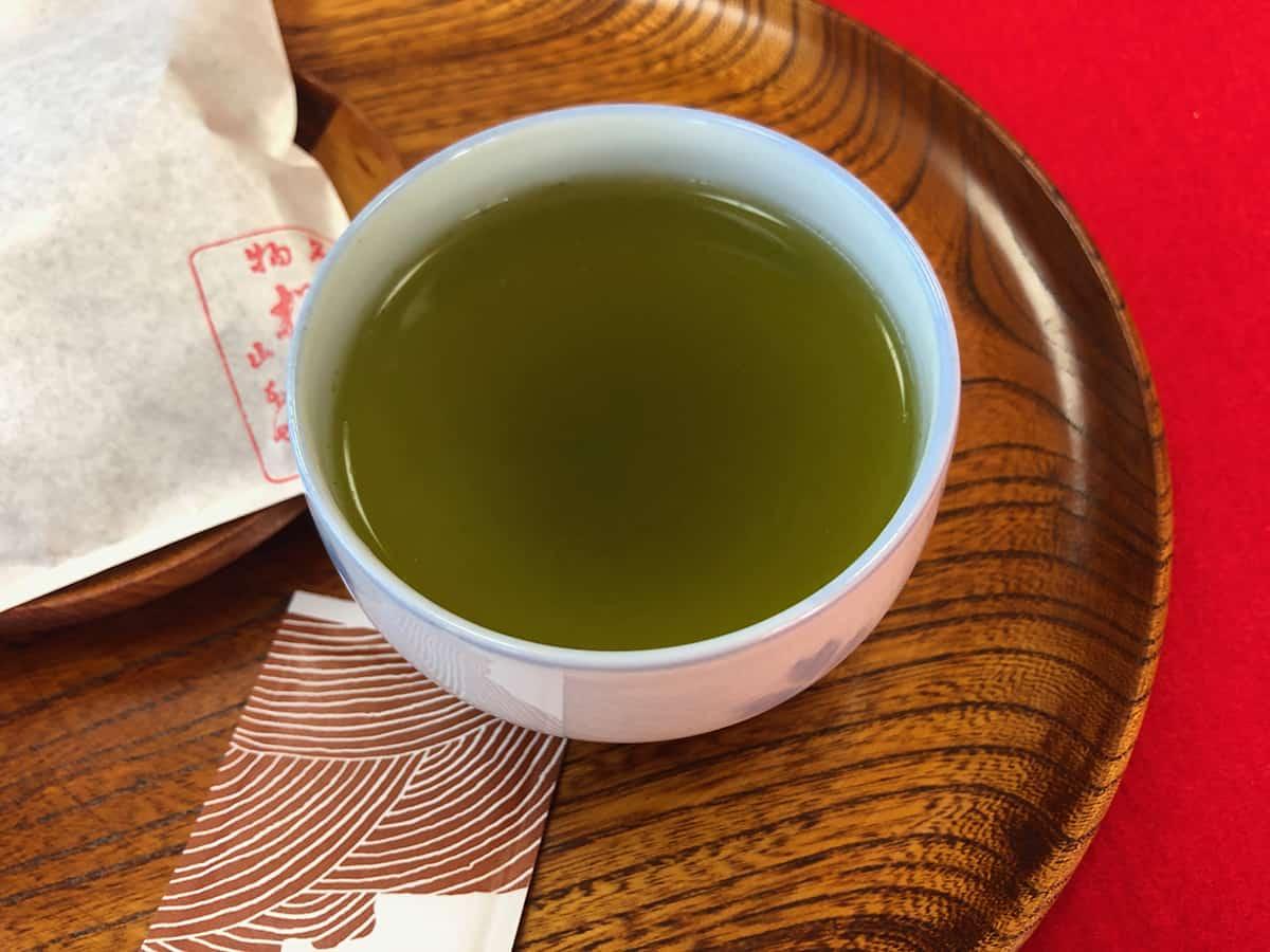 0702 東京 向島 長命寺 桜もち お茶