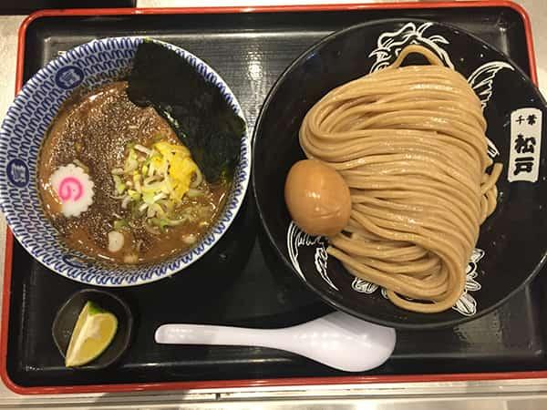 """""""松戸富田麺絆 ラーメン大好き小泉さん"""