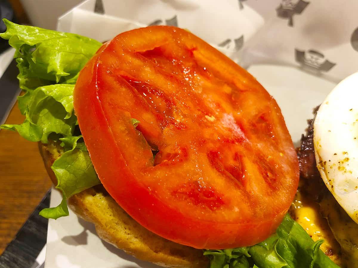 東京 新宿 ショーグンバーガー 新宿店|トマト
